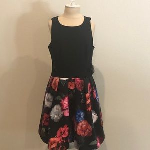 Black and floral sleeveless dress xscape NWT